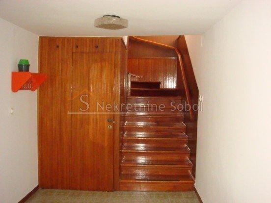 House, 355m², Plot 99m²