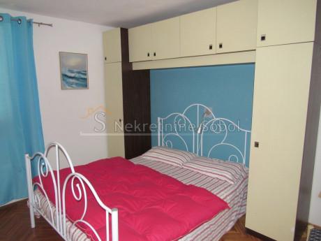 750m² Room