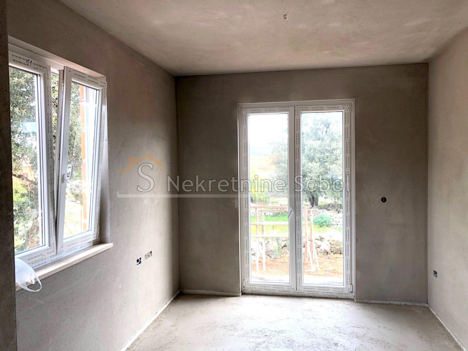 House, 180m², Plot 150m²