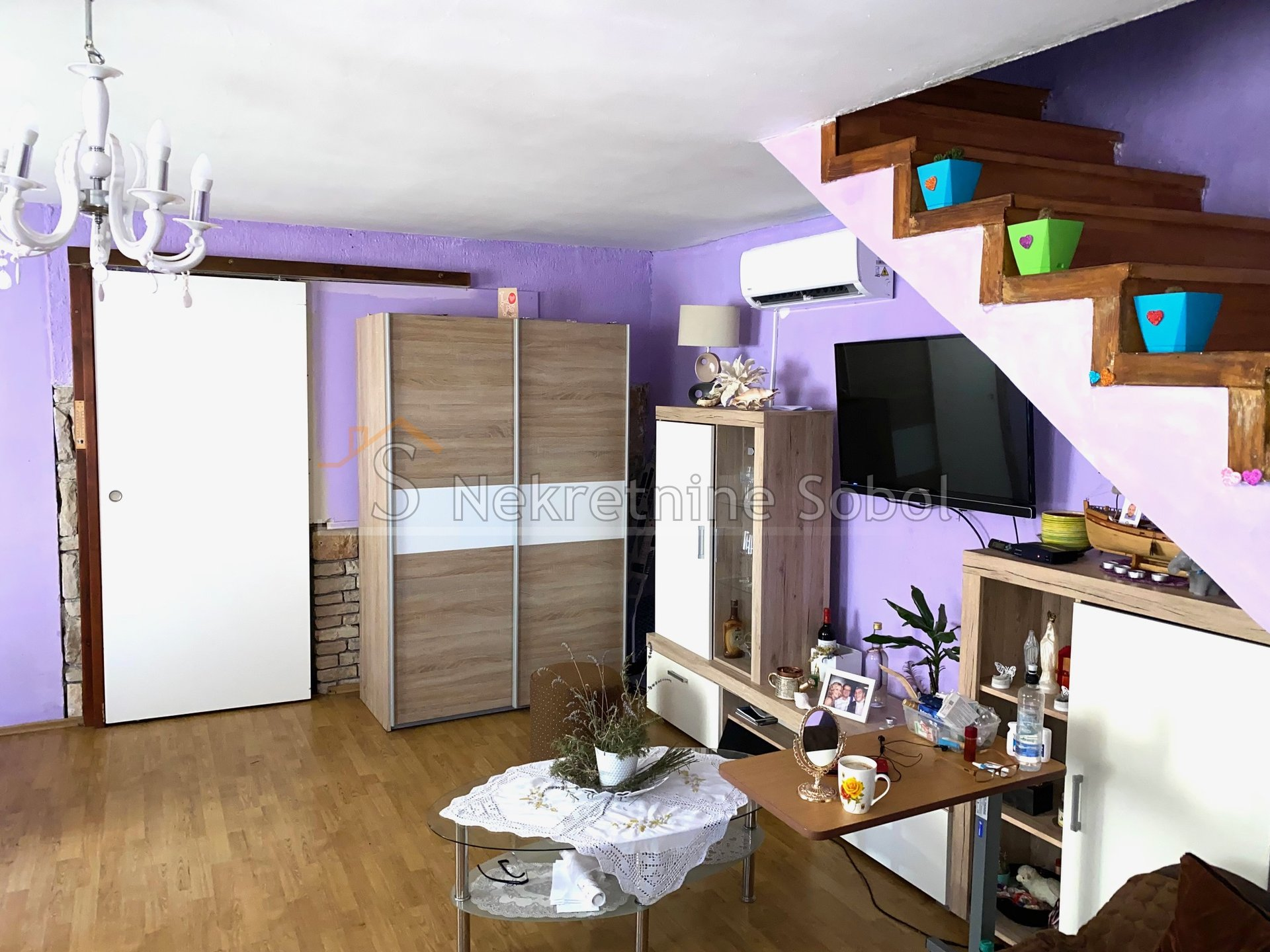 House, 200m², Plot 15m²