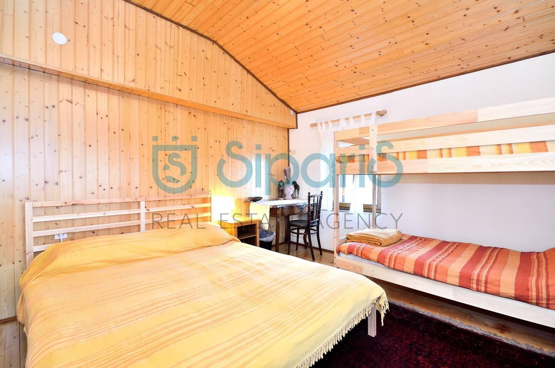 House, 320m², Plot 160m²