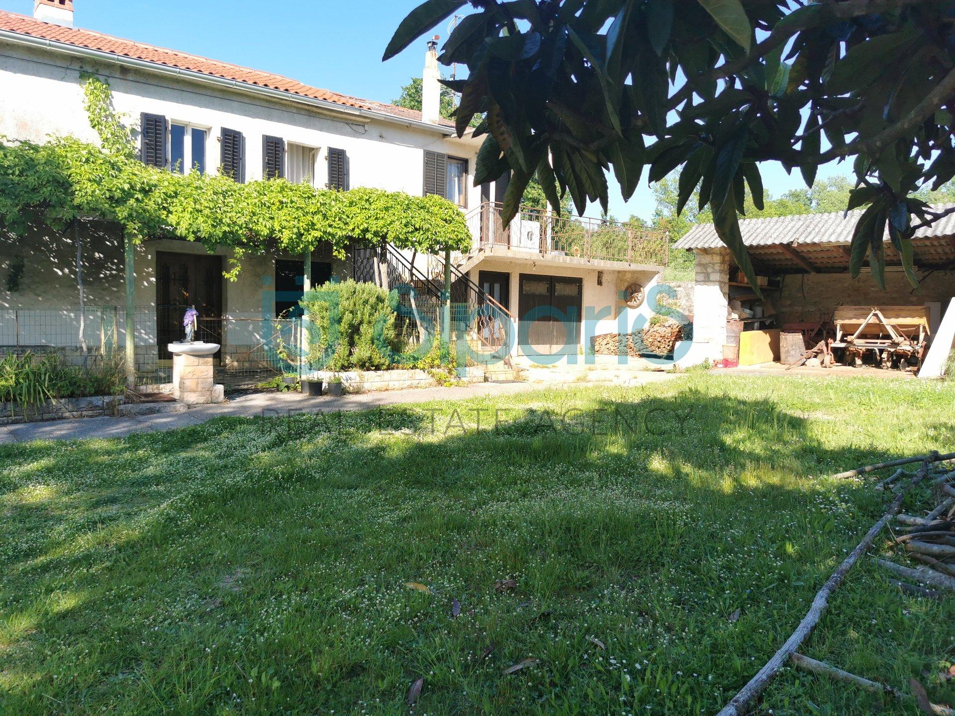 House, 340m², Plot 540m²