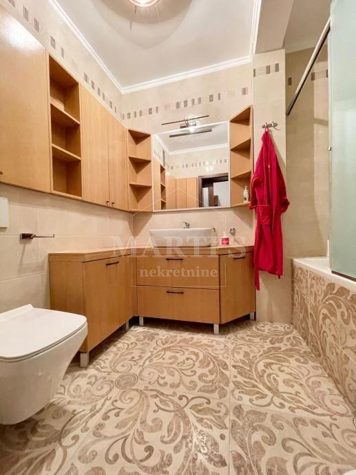 6 rooms, Apartment, 254m²