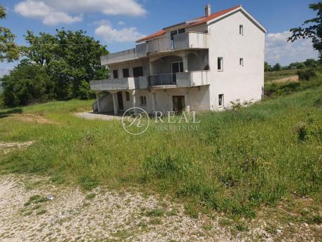 House, 500m², Plot 2500m²