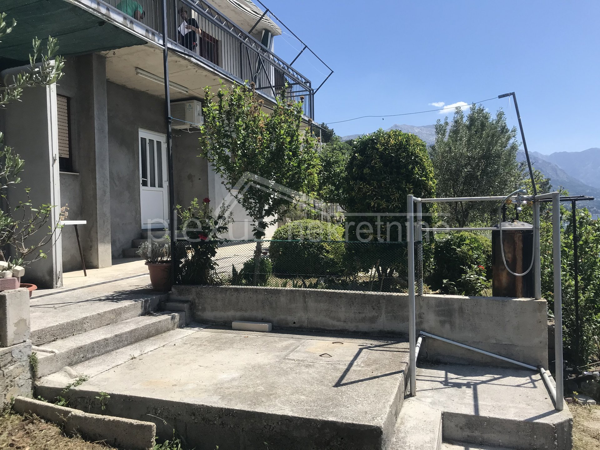 House, 189m², Plot 958m²