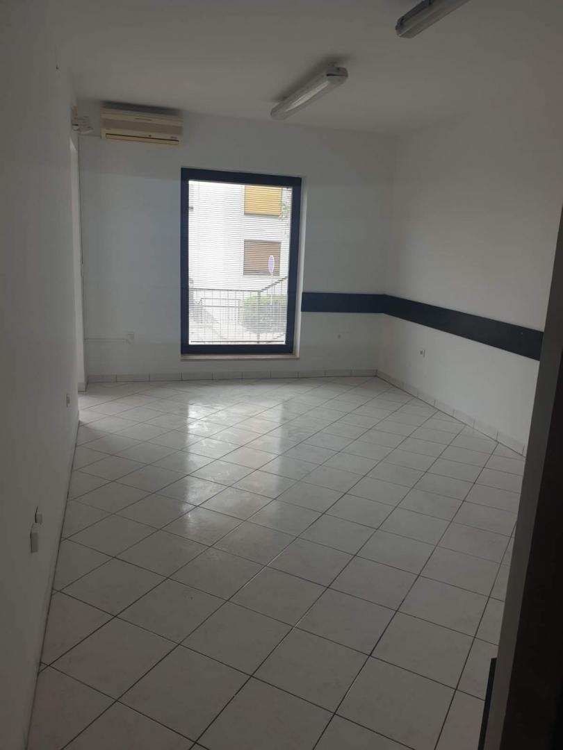 25m², Office