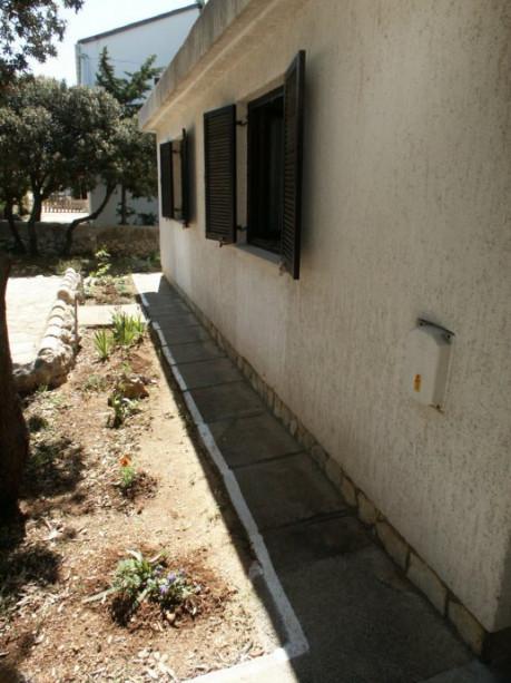 House, 320m², Plot 484m²