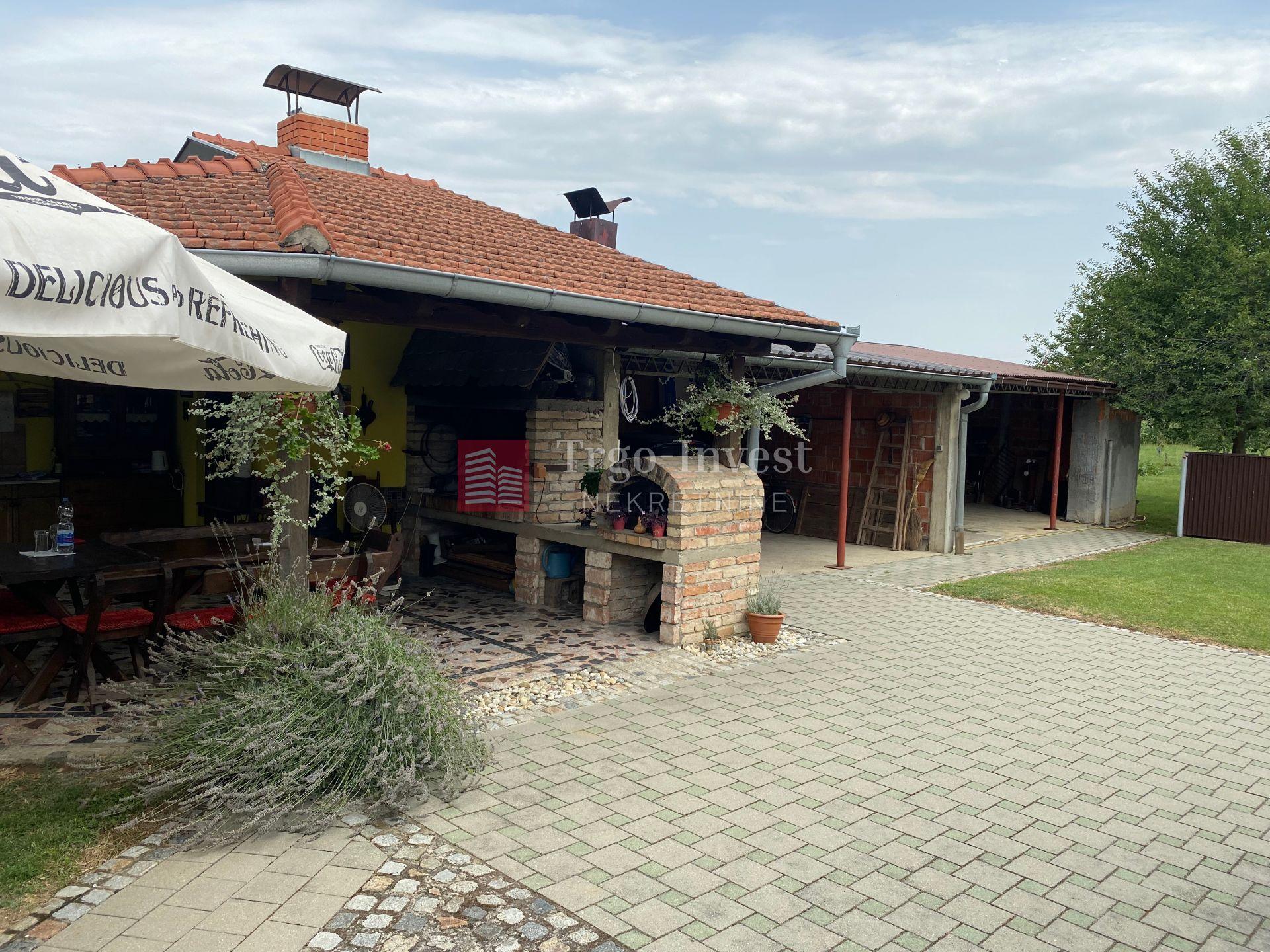 House, 170m², Plot 1400m²
