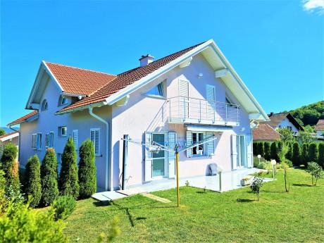 House, 398m², Plot 1420m²