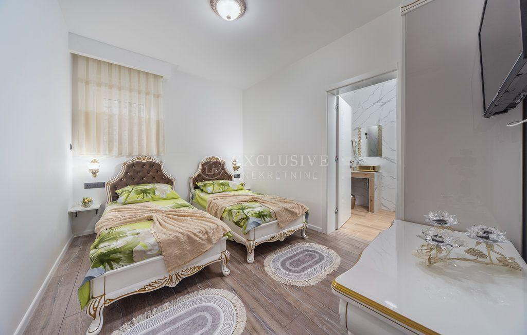House, 130m², Plot 285m²