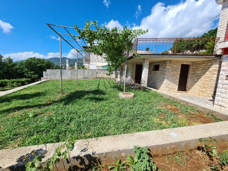 House, 315m², Plot 1065m²