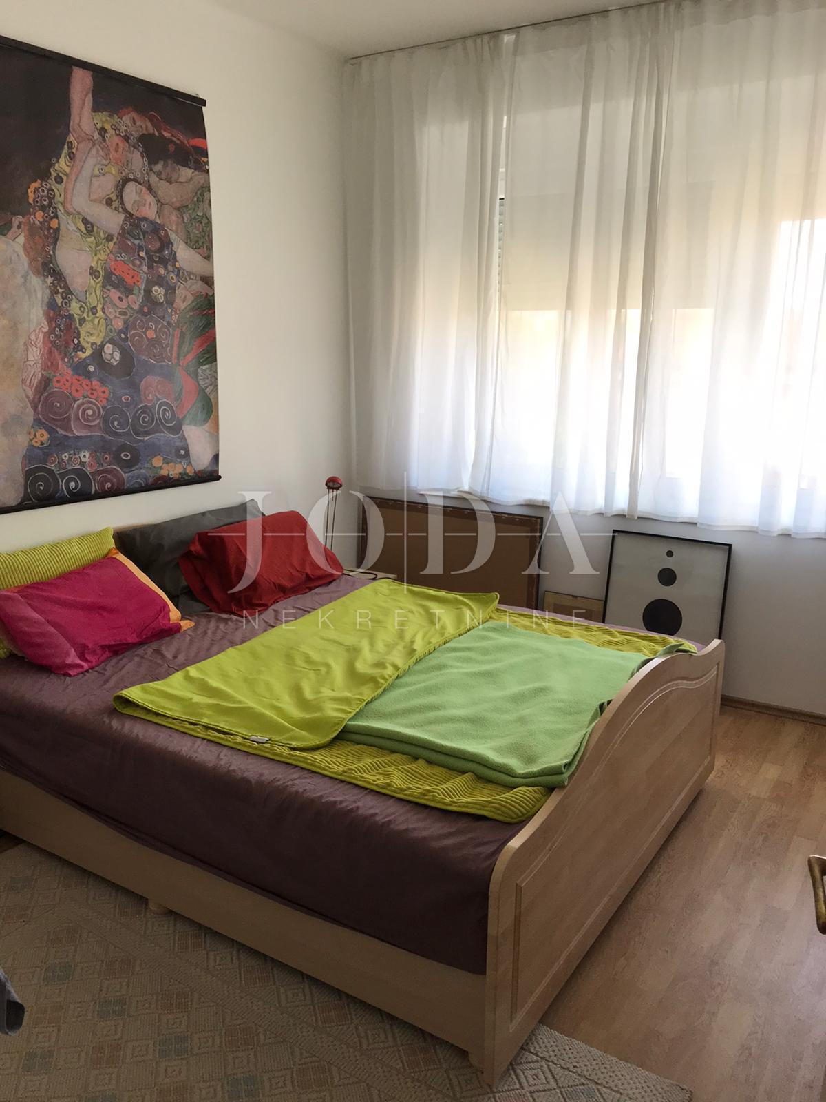 3 rooms, Apartment, 76m², 2 Floor
