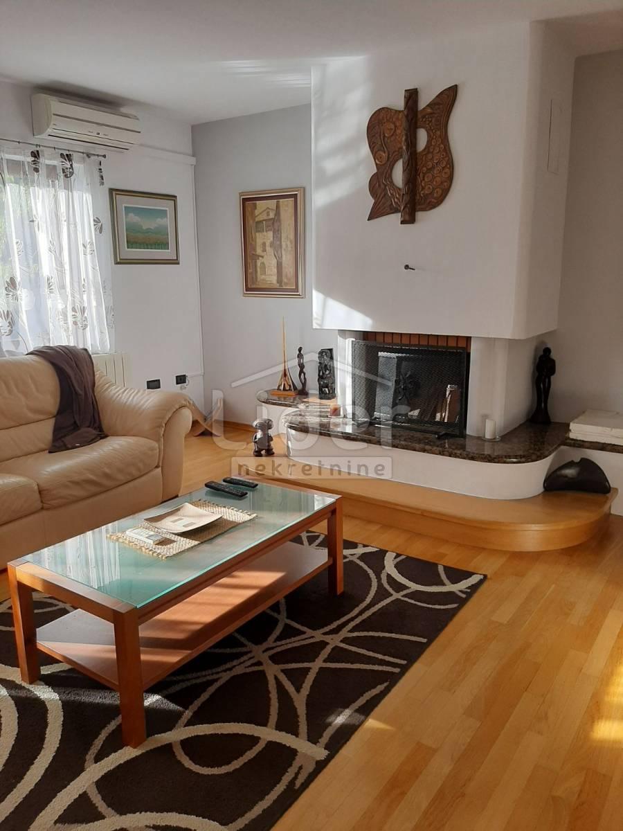 5 rooms, Apartment, 250m²
