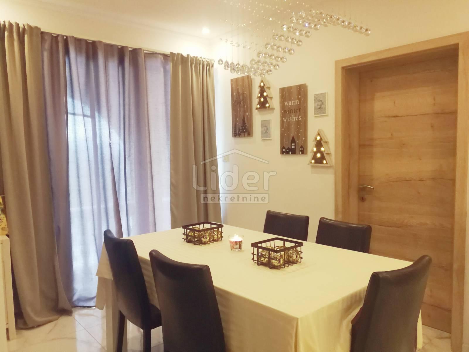 3 rooms, Apartment, 109m², 1 Floor