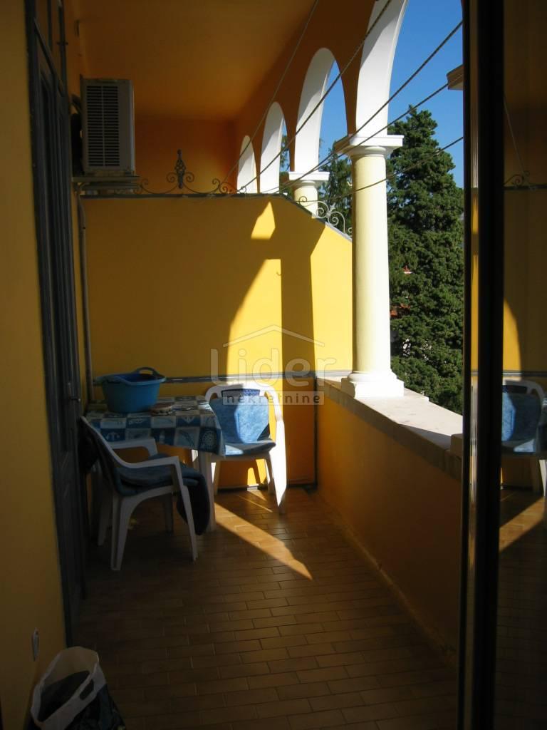 4 rooms, Apartment, 127m², 2 Floor