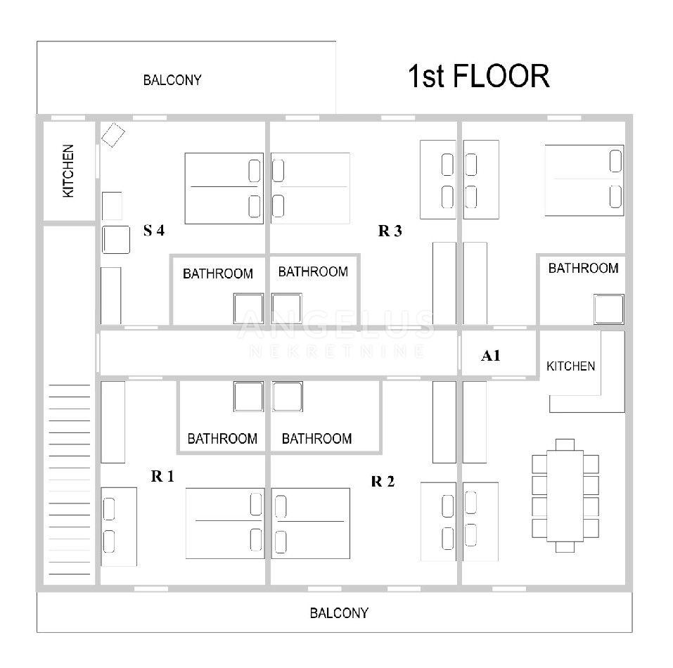 House, 620m², Plot 170m²