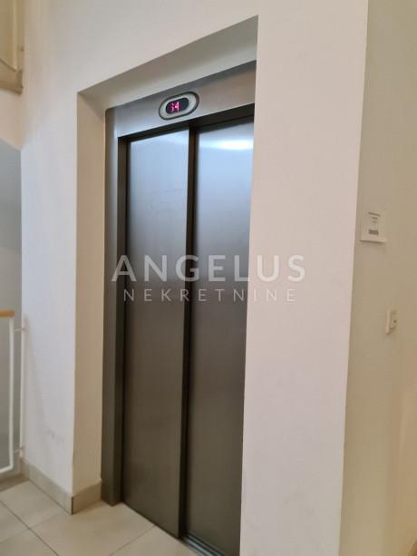 124m², Office, 1 Floor