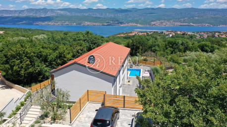 House, 230m², Plot 500m²