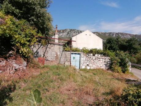 House, 150m², Plot 0m²