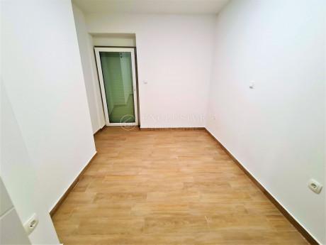3 rooms, Apartment, 42m², 1 Floor