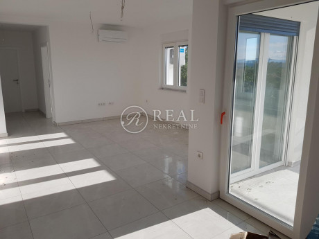 4 rooms, Apartment, 107m², 1 Floor