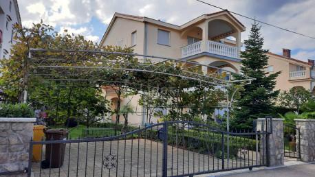 House, 384m², Plot 500m²
