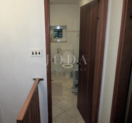House, 200m², Plot 400m²